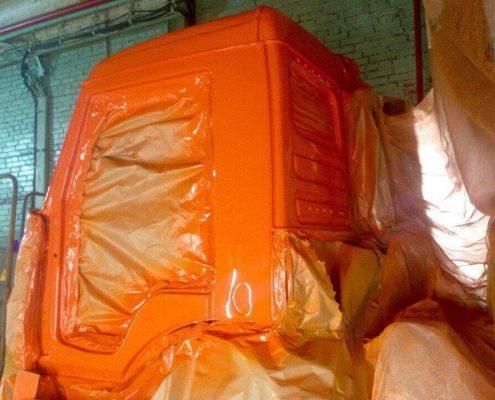 Фото покраски кабины грузовика